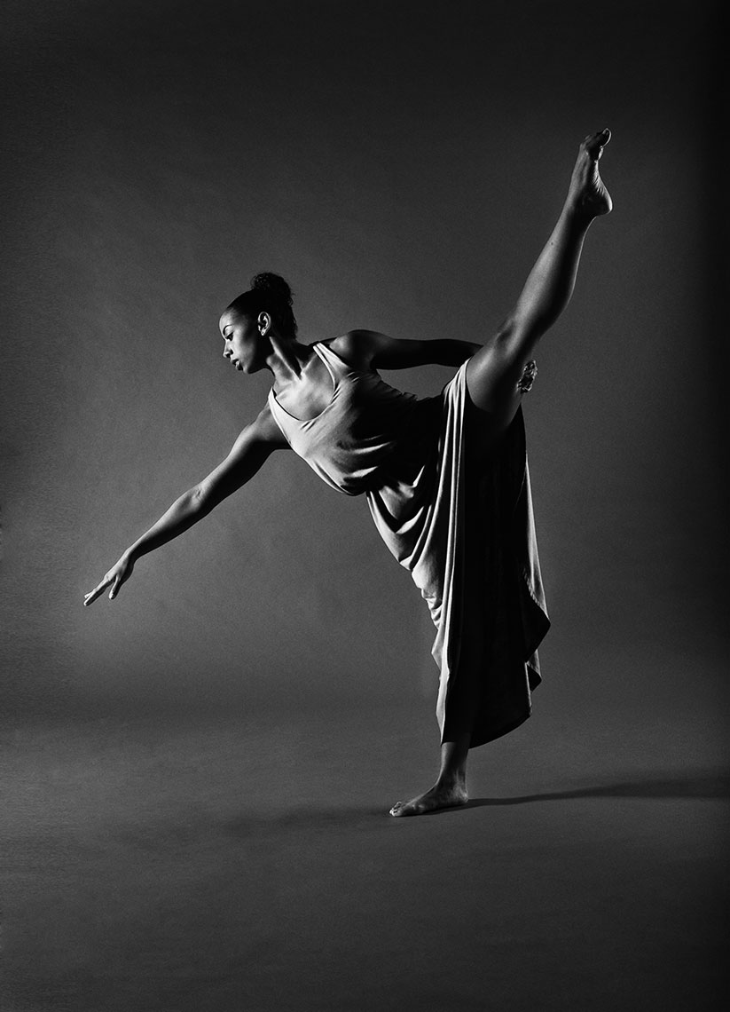 dancer6b&w